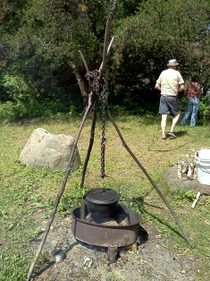 2013-07-04 10.42.46 bean pot over fire